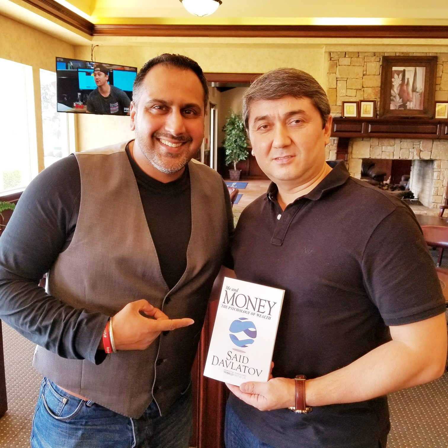-International-Business-Speaker-and-Trainer-Harry-Singha-with-Said-Davlatov-at-The-Conversation.jpg